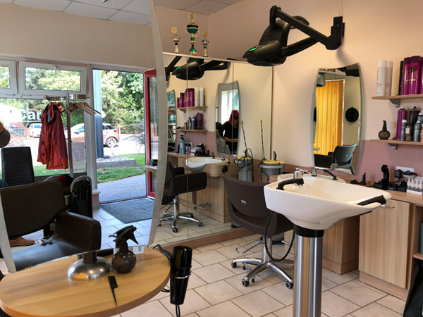 Cut + Care Family - Ihr Friseur in Potsdam - Salon Bornstedt